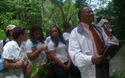 """EN """"SEMANA DEL AGUA"""", CORAAPLATA ORGANIZÓ VISITA ESTUDIANTES AL ACUEDUCTO DEL VIOLÓN."""