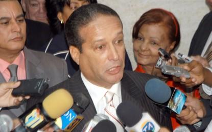 """EN CASO SENADORES DISIDENTES REINALDO PARED: """"CADA QUIEN QUE ASUMA SUS CONSECUENCIAS""""."""