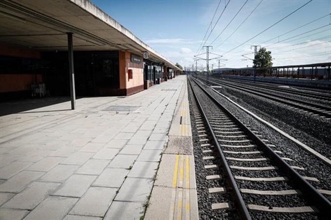 Suiza busca a una persona que dejó más de tres kilos de oro en un tren camino a Lucerna