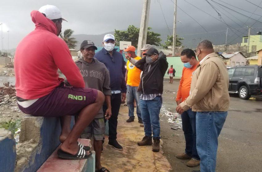 GOBERNADOR RIVERA Y ALCALDE GARCÍA DAN SEGUIMIENTO A INCIDENCIAS TORMENTA TROPICAL ISAÍAS EN PUERTO PLATA.