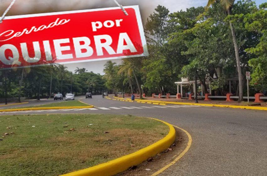 BARES Y RESTAURANTES MALECÓN CLAMAN FLEXIBILIDAD ESTACIONAMIENTOS PARA EVITAR QUIEBRA.
