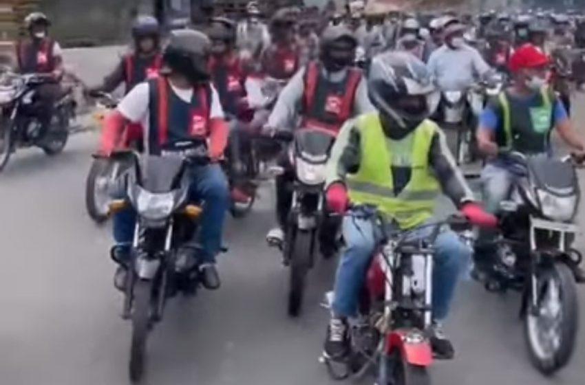 VIDEO: MOTORISTAS PROTESTAN EN SANTO DOMINGO POR ALTO COSTO DE LA VIDA.