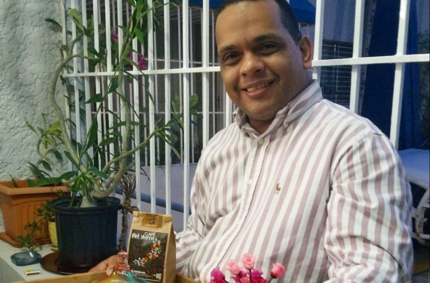 SECRETARIO ADOMPRETUR LLAMA EMPRESAS TURÍSTICAS REDOBLAR APOYO A PRODUCTORES ARTESANALES PUERTOPLATEÑOS.